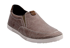 Clarks Neelix Fly Slip-On's - Men's