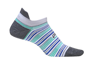 Feetures! High Performance Ultra Light No Show Socks