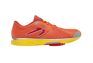 Newton Distance III Shoe - Men's