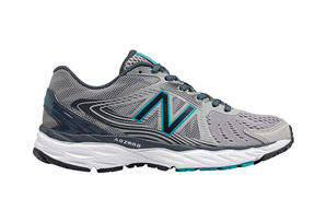 New Balance 680 v4 Shoes - Women's