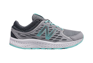 New Balance 420 v3 Shoes - Women's