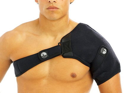 Shoulder Ice/Heat Wrap w/4 Large Ice Packs